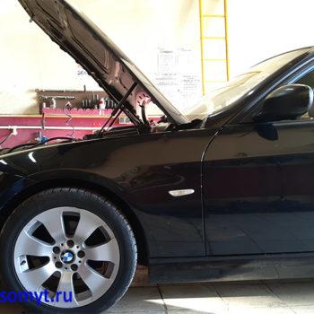 замена радиатора двигателя BMW